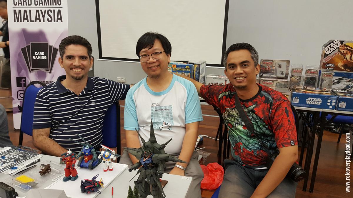 Hanging out with veteran hobby gamers Saleem Rasul Abdul Aziz and Shaz Aziz of Gladius Events Team.